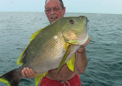 Peter Teijmant met een Blubbervis